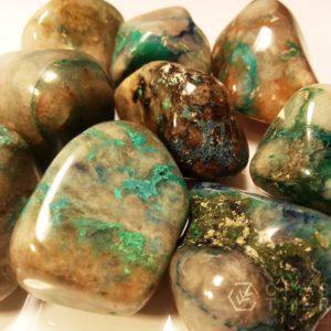 22f99612573 Lisa korvi · Kristallid ja mineraalid, Lihvitud ...
